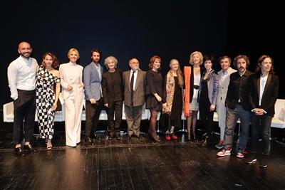 Foto de familia en la entrega de los Premios de Cultura de la Comunidad de Madrid 2019