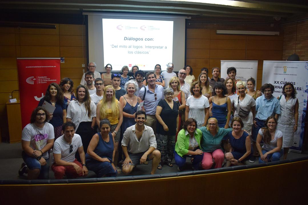 Alumnos de la Escuela de Verano de la Academia en Mérida