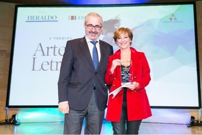 Foto de Ana Labordeta recibe el Premio 'Artes & Letras' 2019 del Heraldo de Aragón