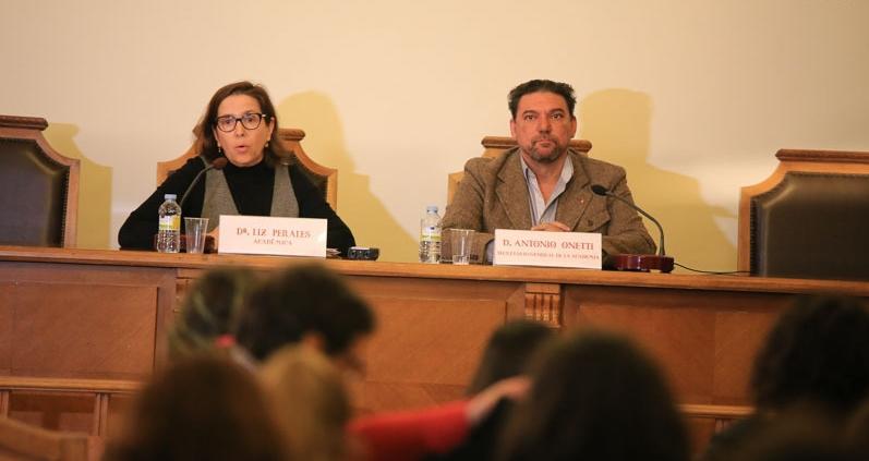 """Foto de Antonio Onetti """"Para un escritor dramático el teatro es el medio que le brinda más libertad"""""""