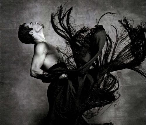 Foto de Antonio Najarro y su cruzada por la danza española