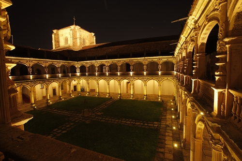 Foto de Entrega del II Premio de Investigación de la Academia en la Universidad de Salamanca
