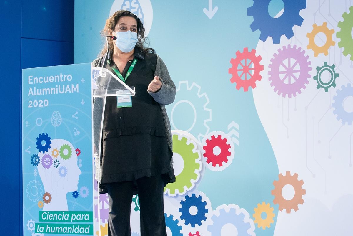 Foto de Helena Pimenta recibe el Premio AlumniUAM 2020