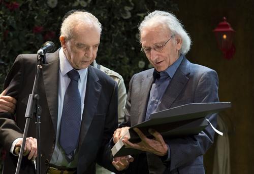 Foto de La Academia con los actores veteranos