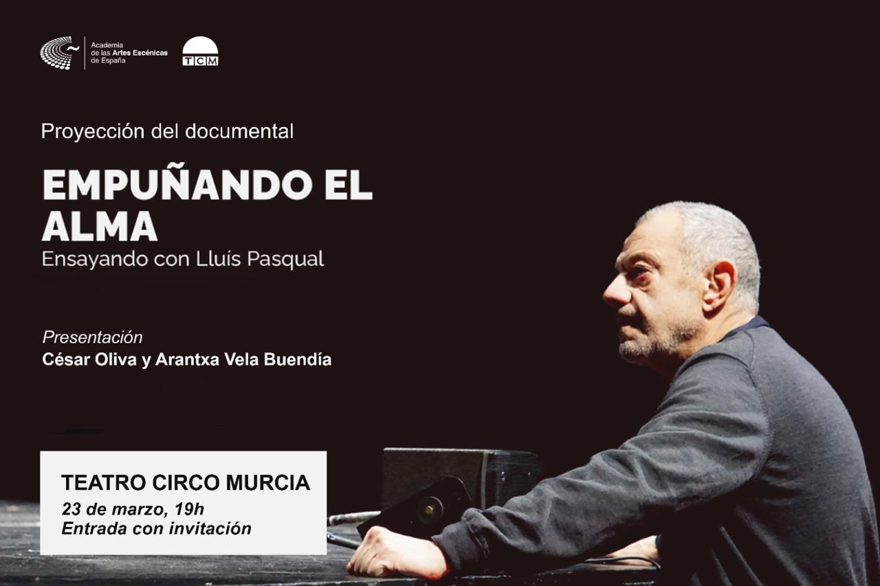 """Foto de Presentación del documental """"Empuñando el alma: Ensayando con Lluís Pasqual"""" en Murcia"""