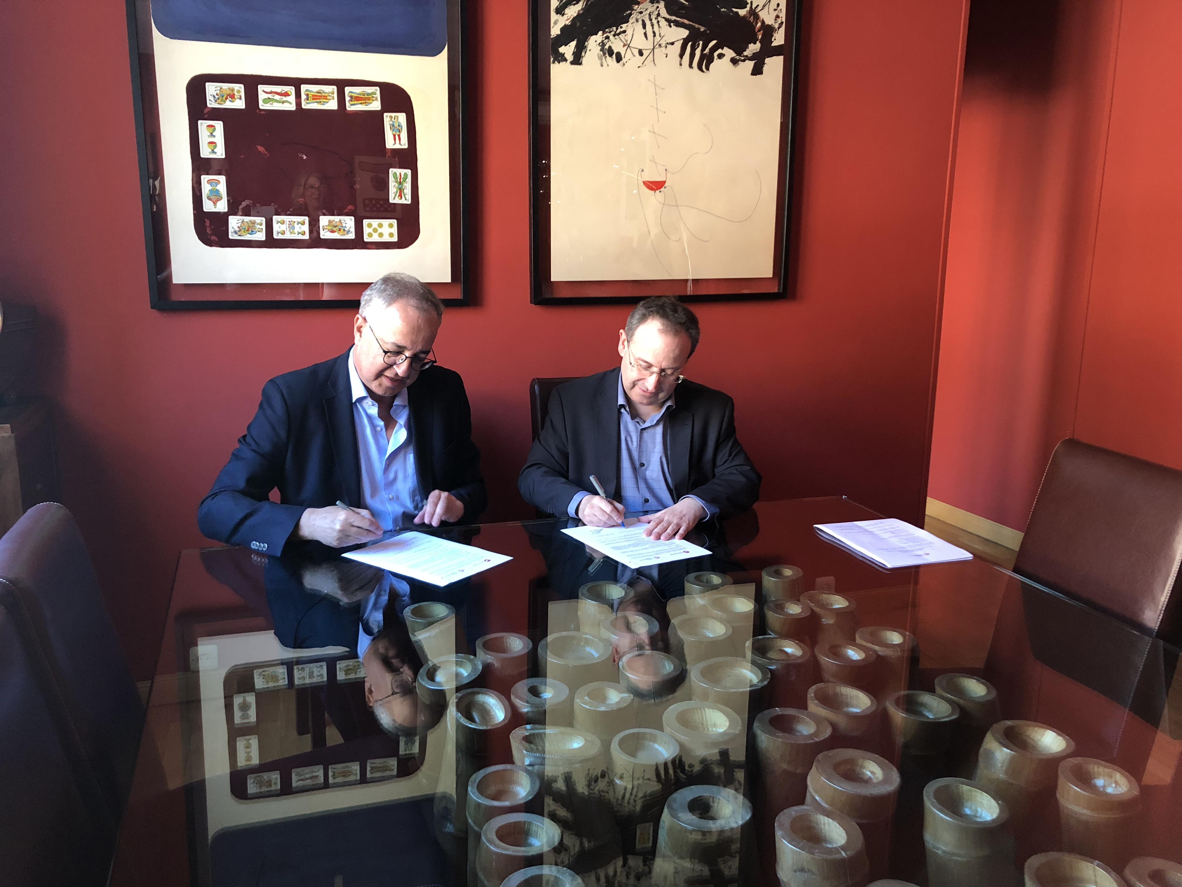 Foto de Acuerdo de colaboración entre la Academia de las Artes Escénicas de España y la Fundación Biblioteca Virtual Miguel de Cervantes