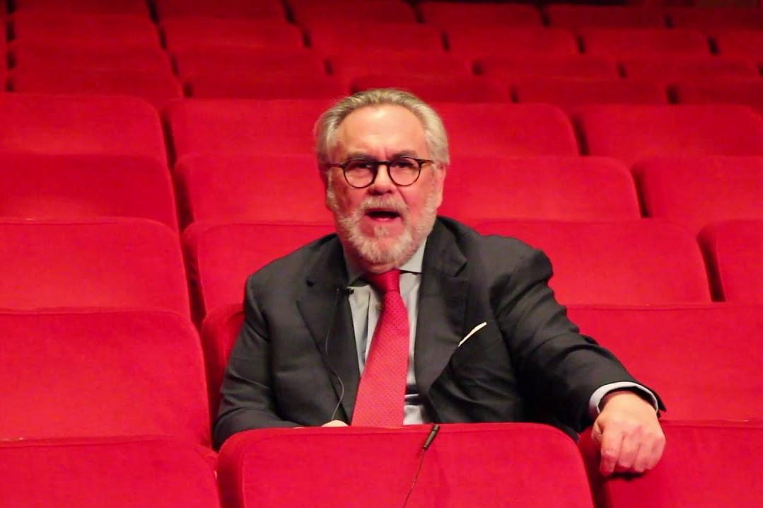 Foto de José Ramón Dosal galardonado con el Premio Ohtli