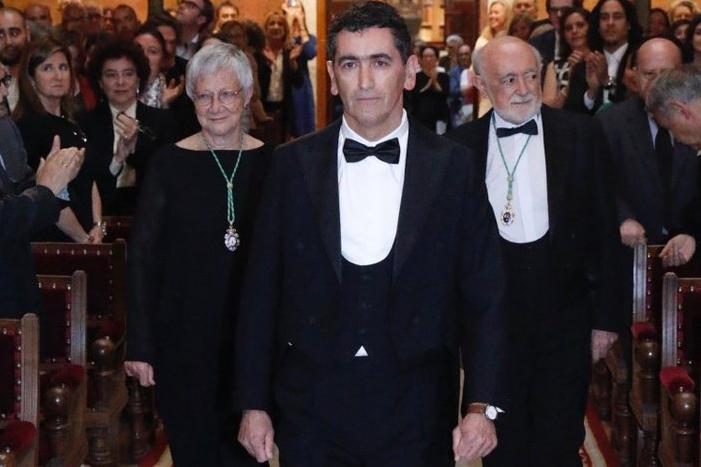 Foto de Juan Mayorga ingresa en la Real Academia Española para ocupar la silla M