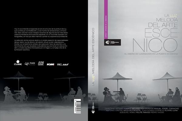 """Foto de Presentación del libro """"La luz, melodía del arte escénico"""" editado por la Academia"""