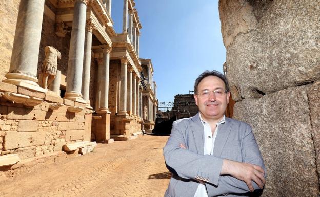Foto de Jesús Cimarro, presidente de la Academia y director del Grupo Pentación, vuelve a estar al frente del Festival de Teatro Clásico de Mérida