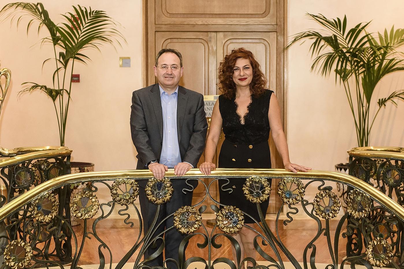 Foto de Reunión institucional entre Jesús Cimarro y Pilar Jurado