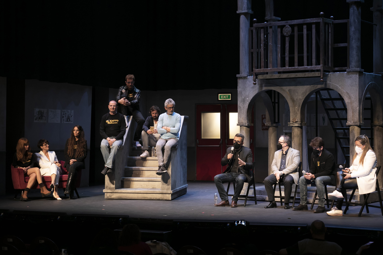 Foto de Presentación de ''El Exito de la Temporada'' en el Teatro La Latina